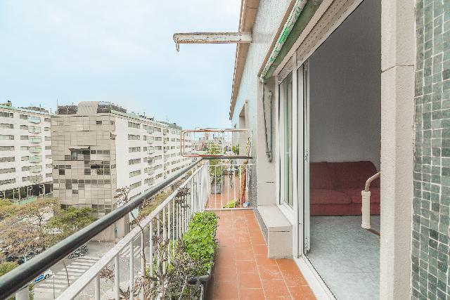 Imagen 1 Inmueble 243397 - Piso en venta en Barcelona / Junto corte ingles y gran via carles iii