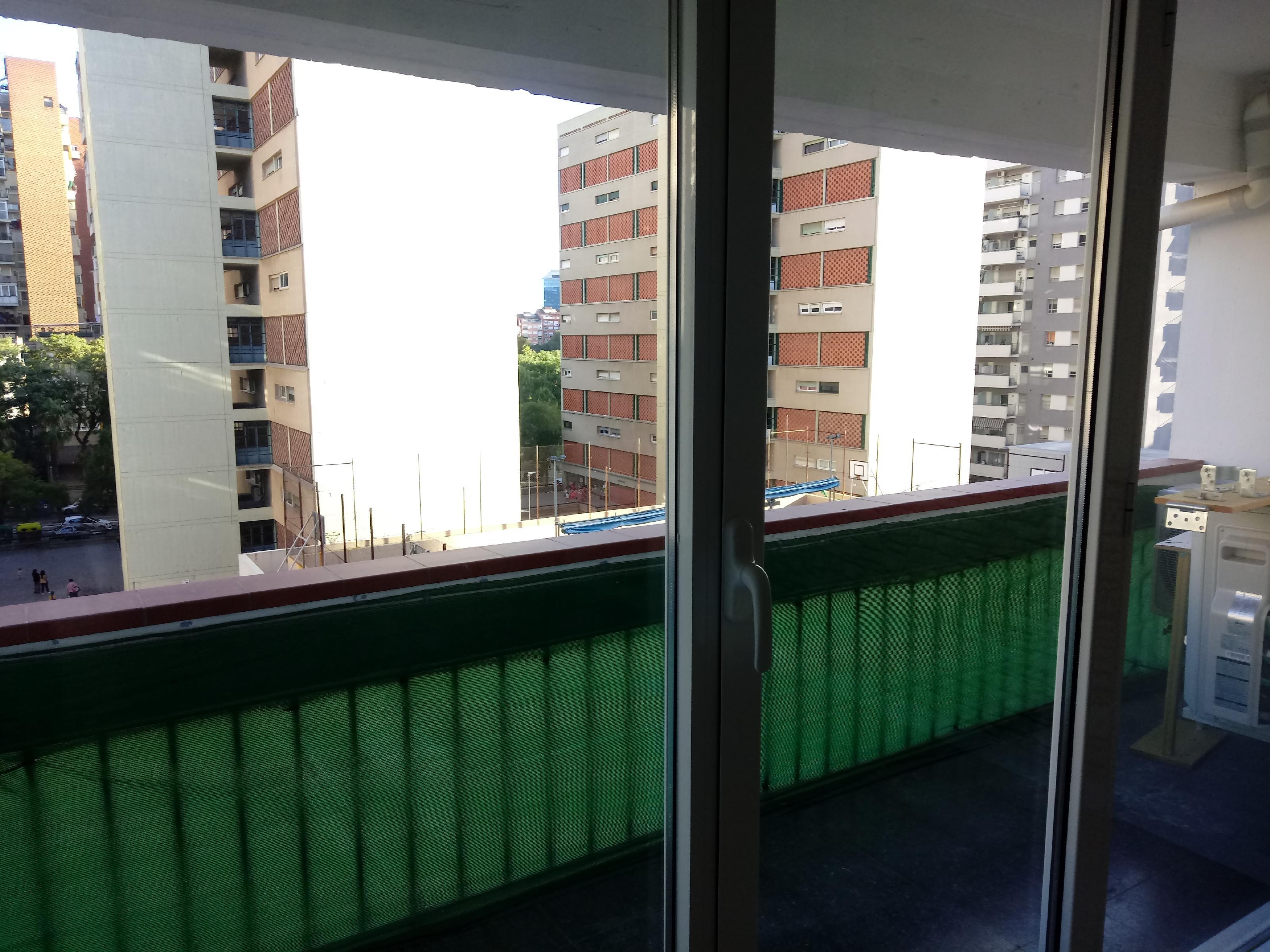 Imagen 1 Piso en venta en Barcelona / Junto plaza Cerdá