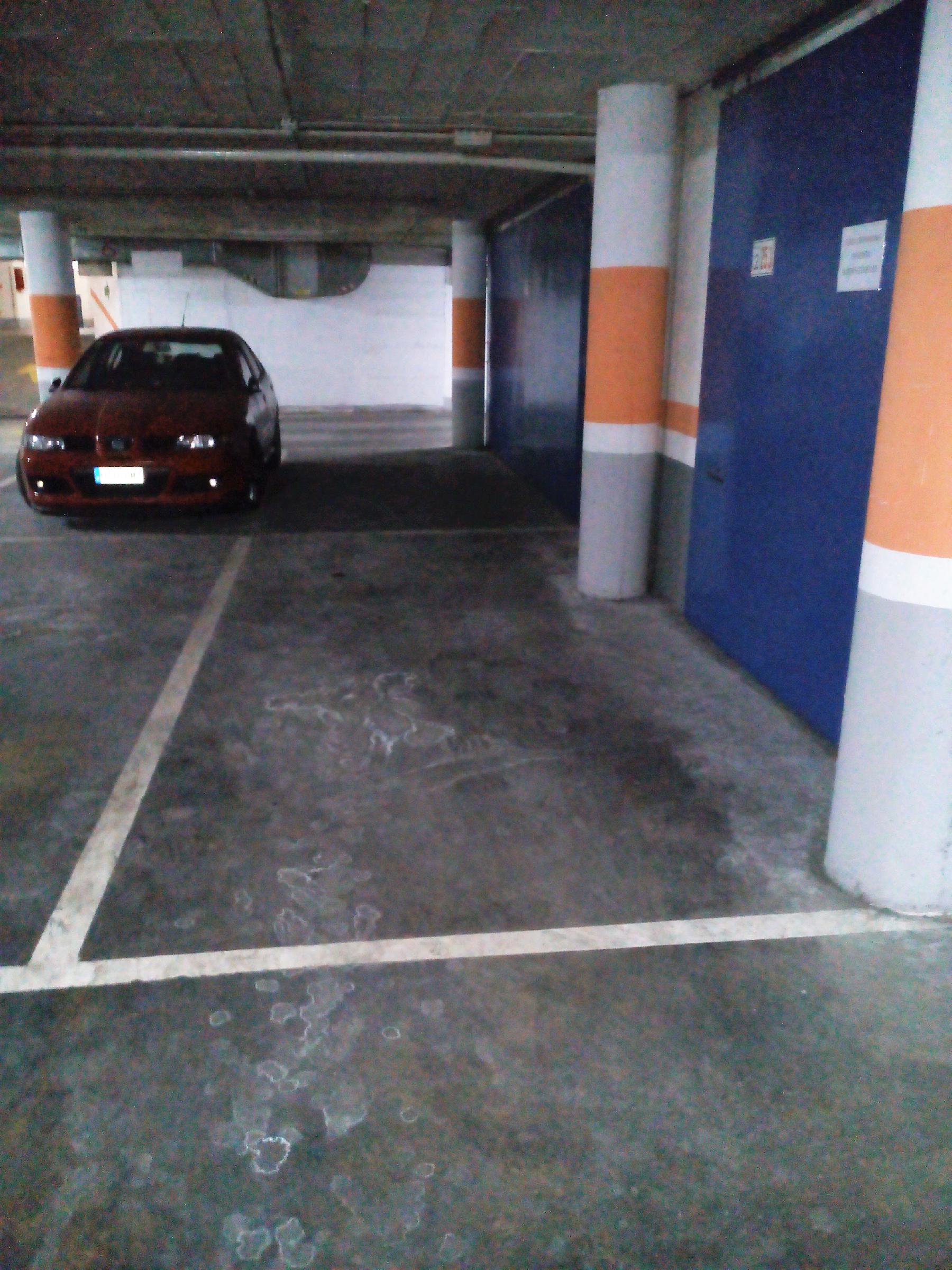 Imagen 2 Parking Coche en venta en Granollers / Parking-zona ponent-vigilado-inversión