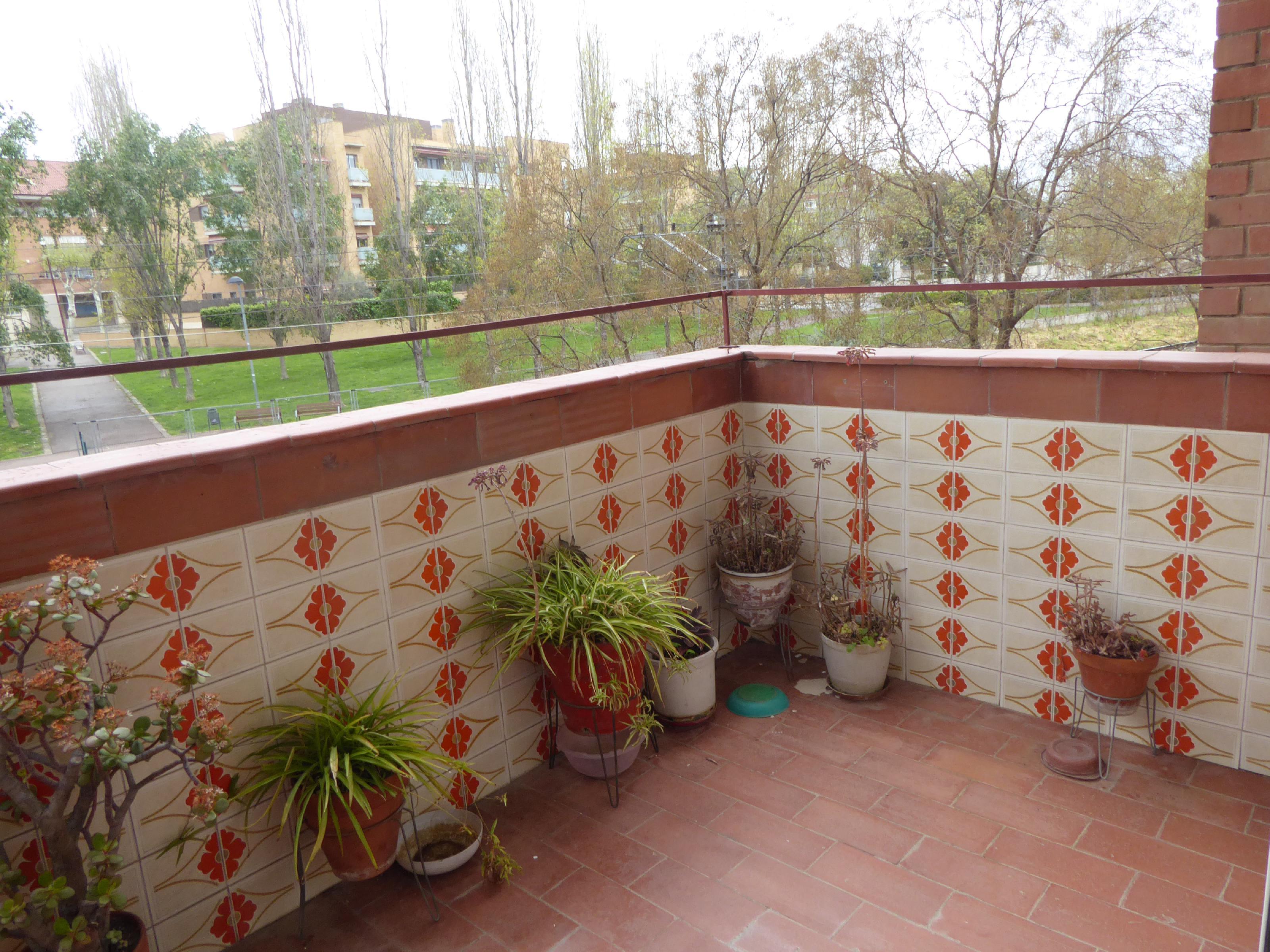 Imagen 1 Piso en venta en Canovelles / Barriada nova-Canovelles-oportunidad Gran rentabilidad