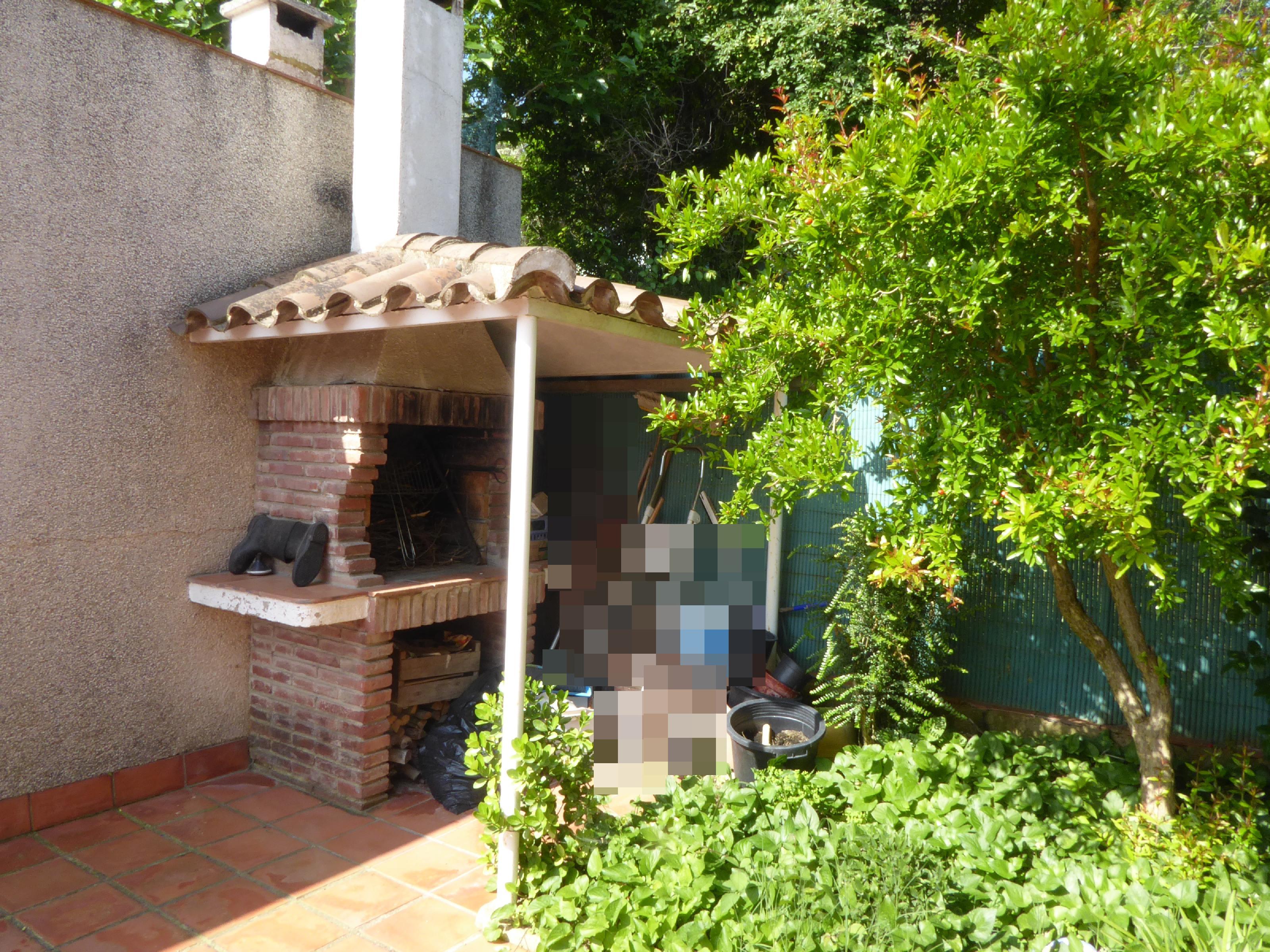 Imagen 2 Casa Adosada en venta en Lliçà D´amunt / Lliçà d´Amunt-Centro-casa esquinera 250 m²