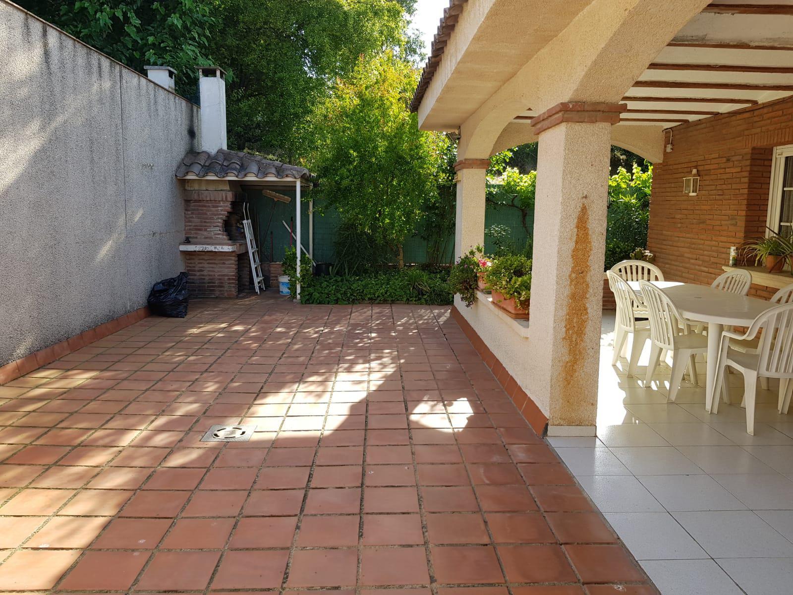 207888 - Lliçà d´Amunt-Centro-casa esquinera 250 m²