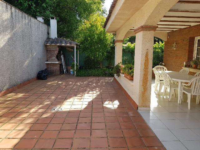 Imagen 1 Inmueble 207888 - Casa Adosada en venta en Lliçà D´amunt / Lliçà d´Amunt-Centro-casa esquinera 250 m²