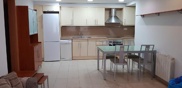 Imagen 1 Inmueble 209940 - Piso en venta en Canovelles / Canovelles-Plaza Juventud-Seminuevo-Amueblado
