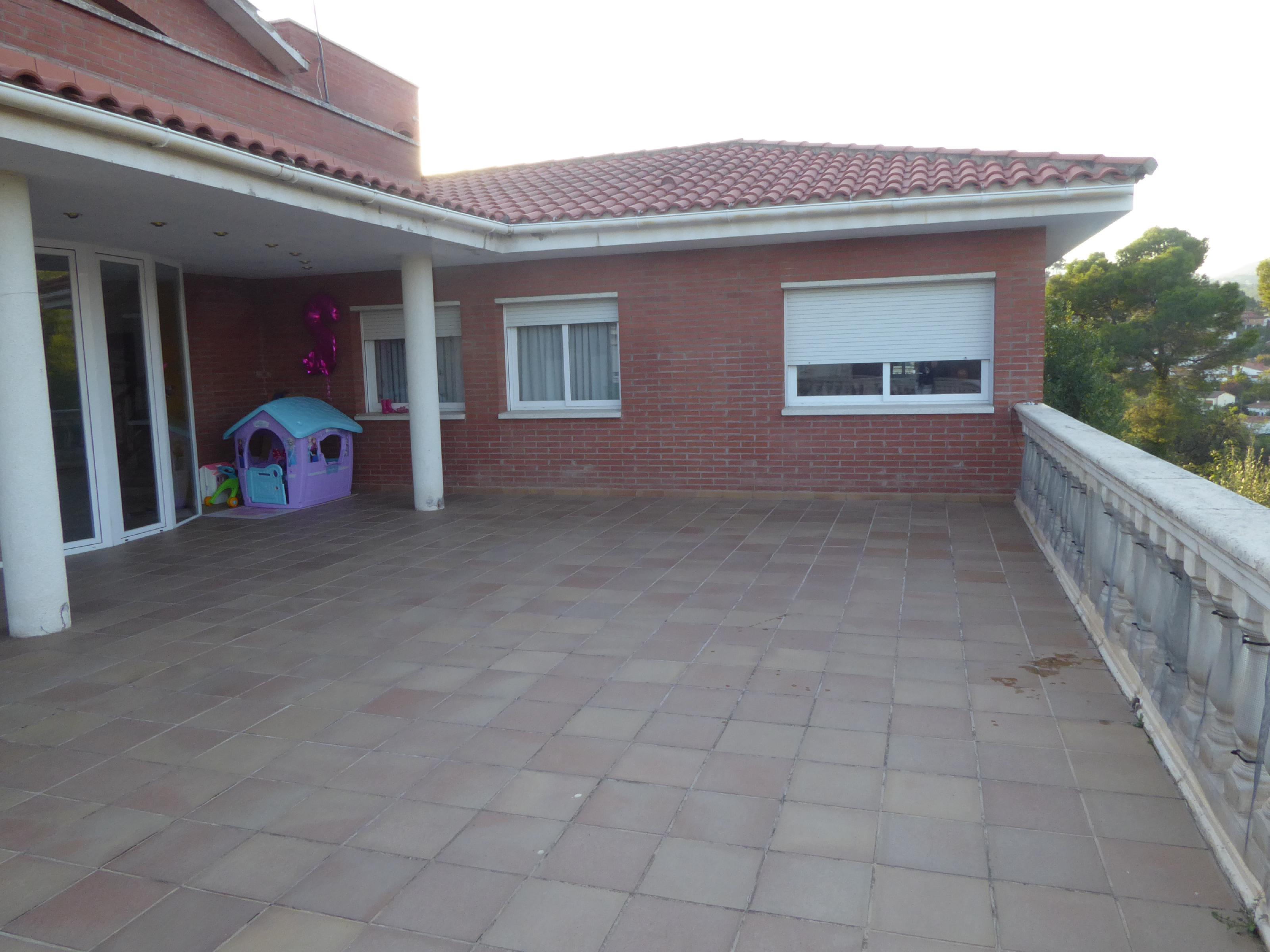 Imagen 1 Casa en venta en Bigues I Riells / Font Granada-Bigues i Riells-Xalet alto standing
