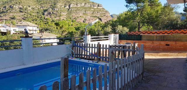 Imagen 1 Inmueble 229960 - Casa en venta en Bigues I Riells / Urbanización rincón del bosque