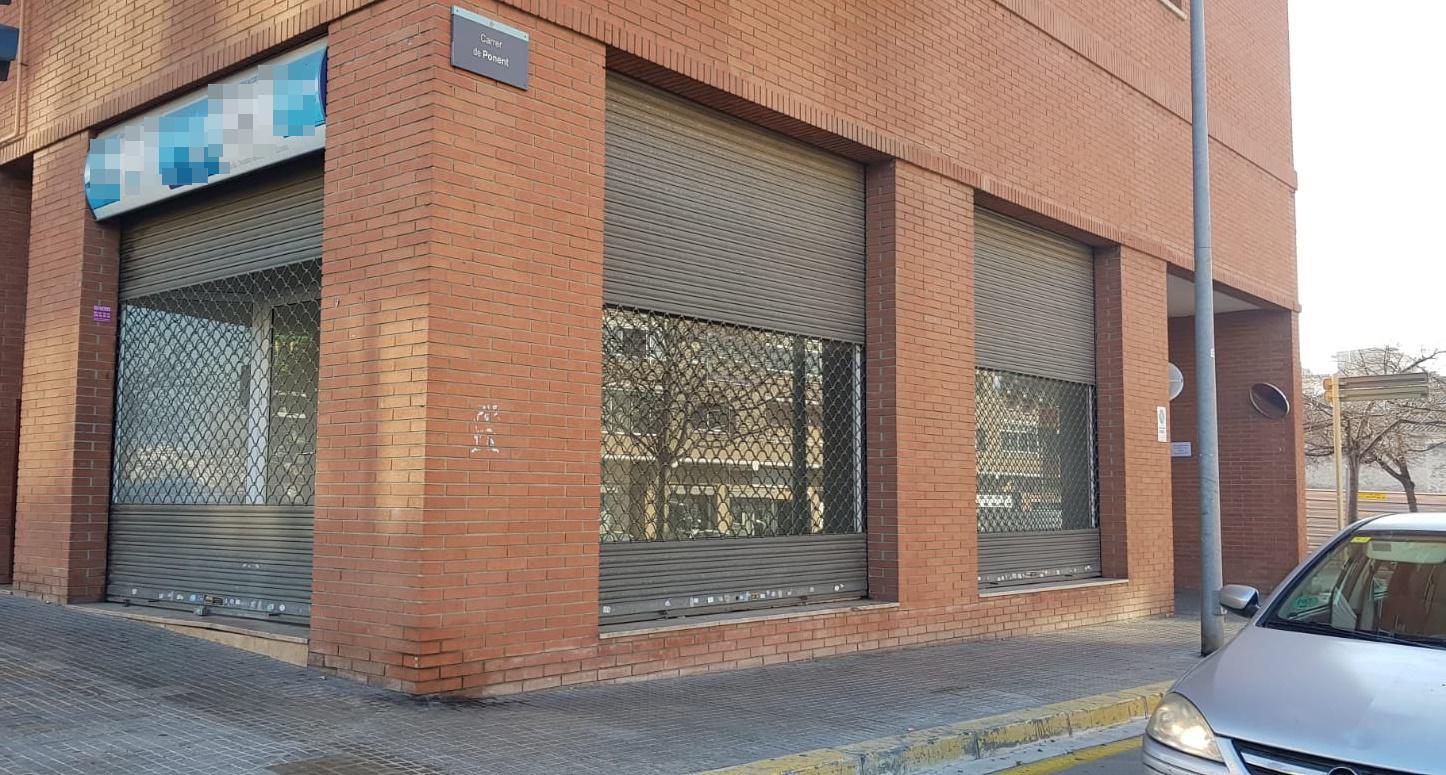 Imagen 1 Local Comercial en alquiler en Granollers / Cerca de colegios y zonas comerciales