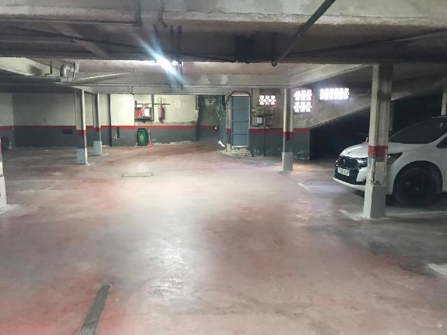 Imagen 1 Inmueble 236175 - Parking Coche en venta en Mollet Del Vallès / Oportunidad - Lourdes-Mollet-Estacion renfe