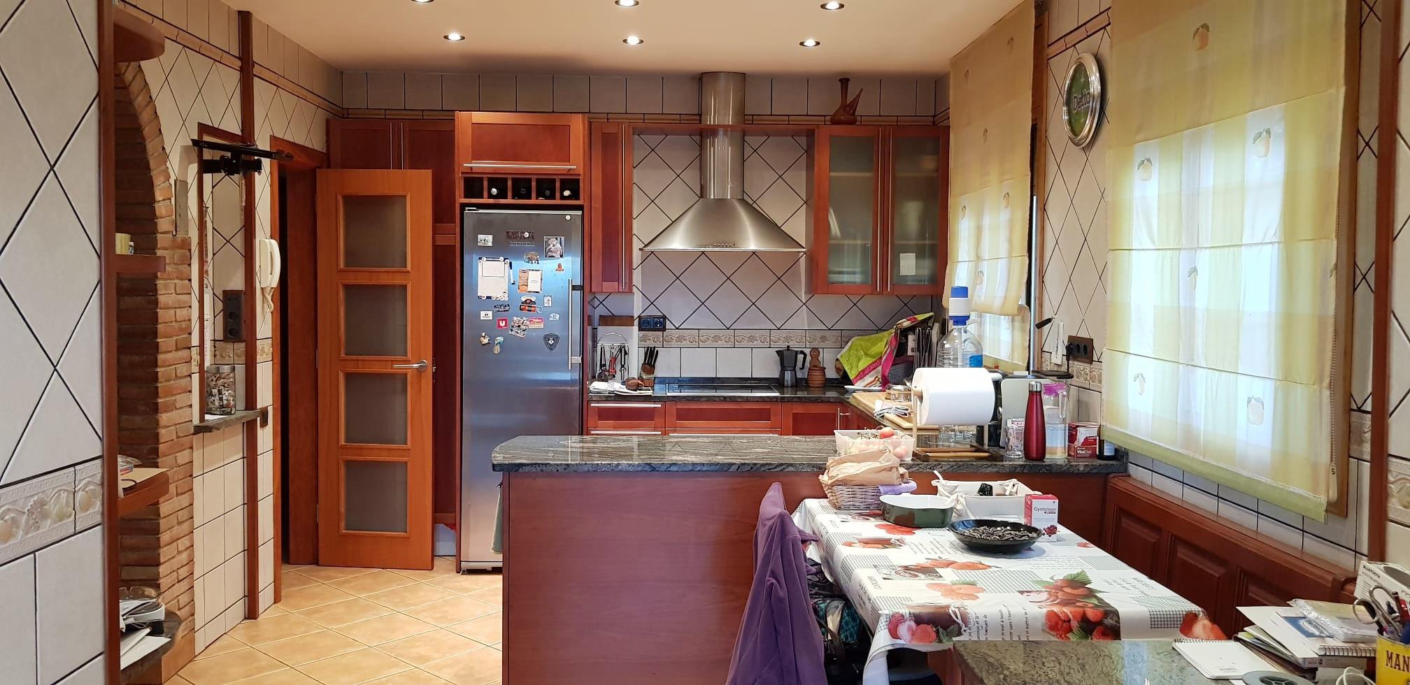 Imagen 3 Casa Aislada en venta en Lliçà D´amunt / Can Xicota-lliça d´Amunt - Seminueva