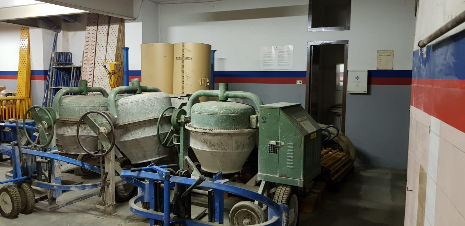 Imagen 3 Local Comercial en venta en Granollers / Zona Lledoner, cerca de otros comercios y zonas verdes