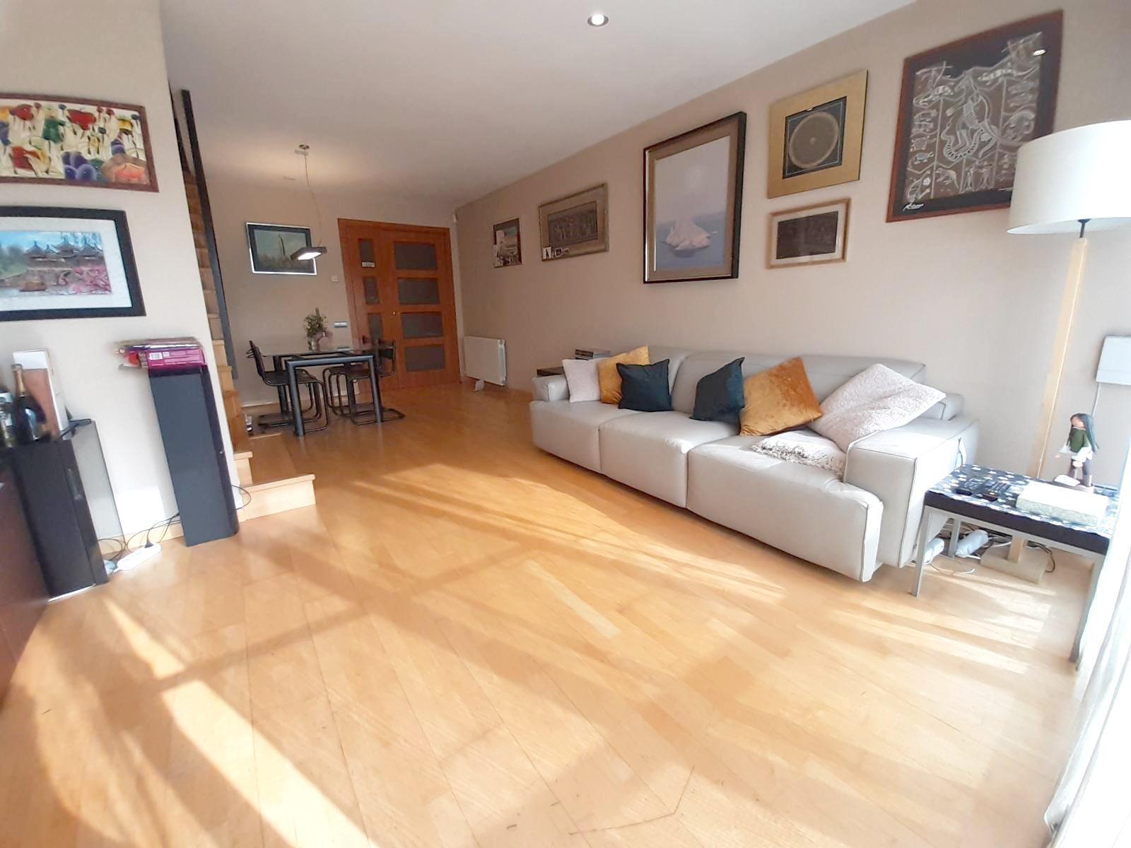 Imagen 1 Dúplex en venta en Caldes De Montbui / Carrer sabadell-Caldes de Montbui-Duplex con terraza