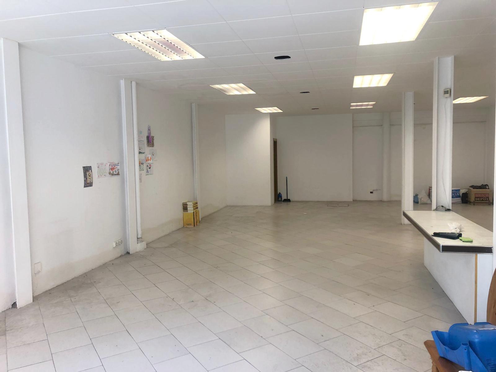 Imagen 2 Local Comercial en alquiler en Granollers / Cerca de la oficina del inem