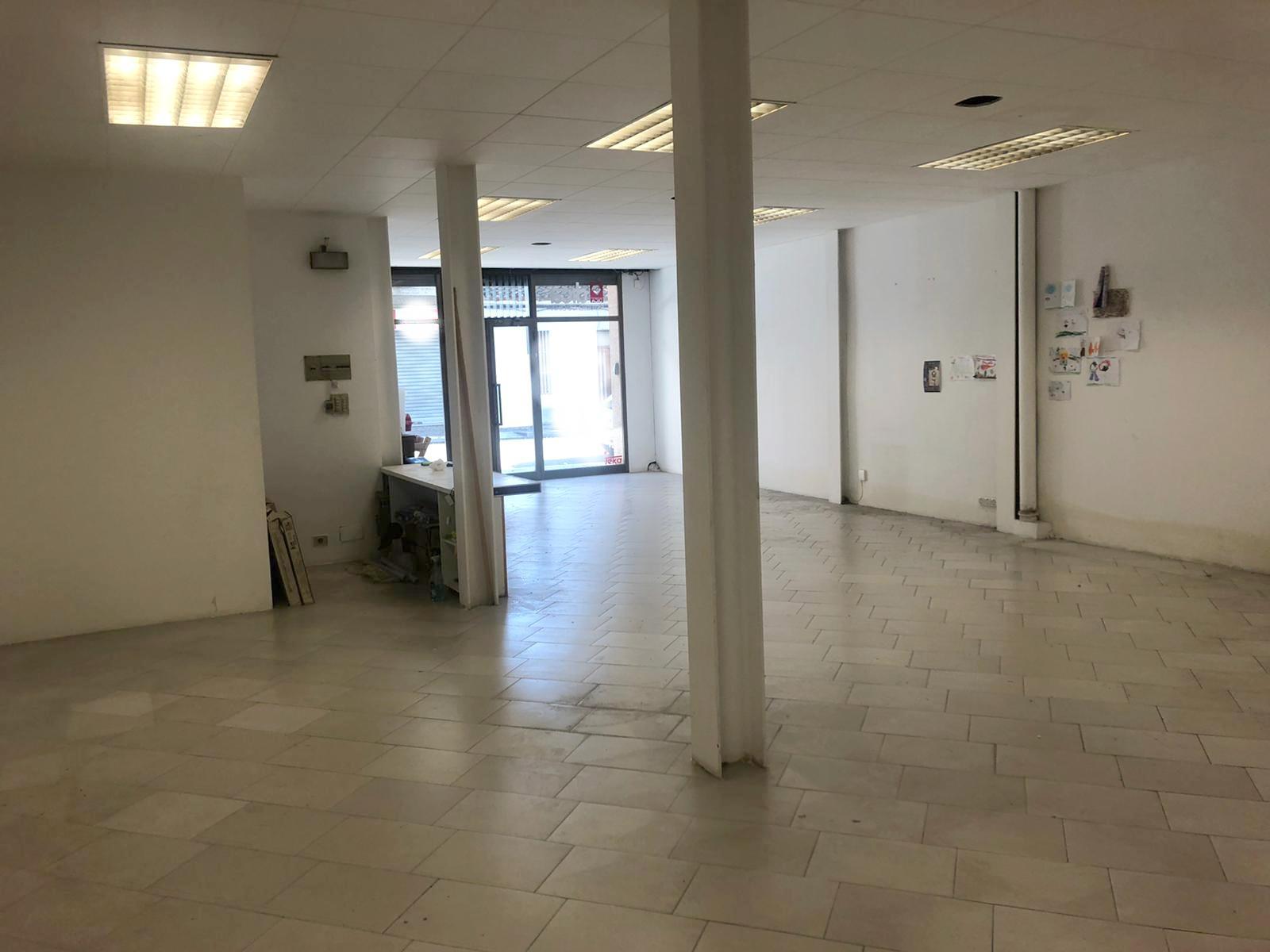 Imagen 4 Local Comercial en alquiler en Granollers / Cerca de la oficina del inem