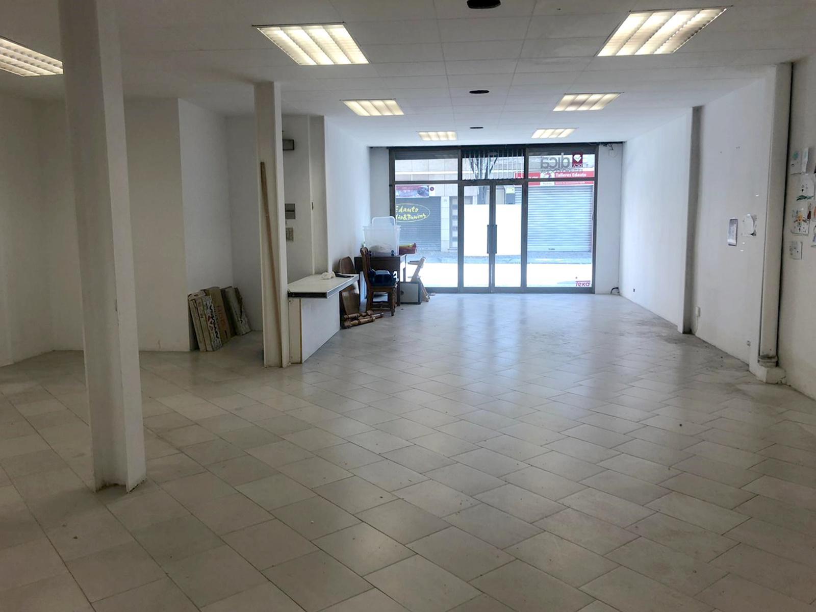 Imagen 3 Local Comercial en alquiler en Granollers / Cerca de la oficina del inem