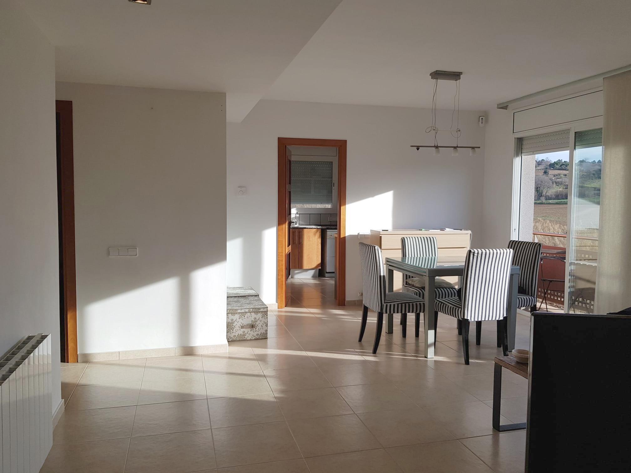 Imagen 2 Piso en venta en Roca Del Vallès La / Oportunidad-Seminuevo-La Torreta-Piscina
