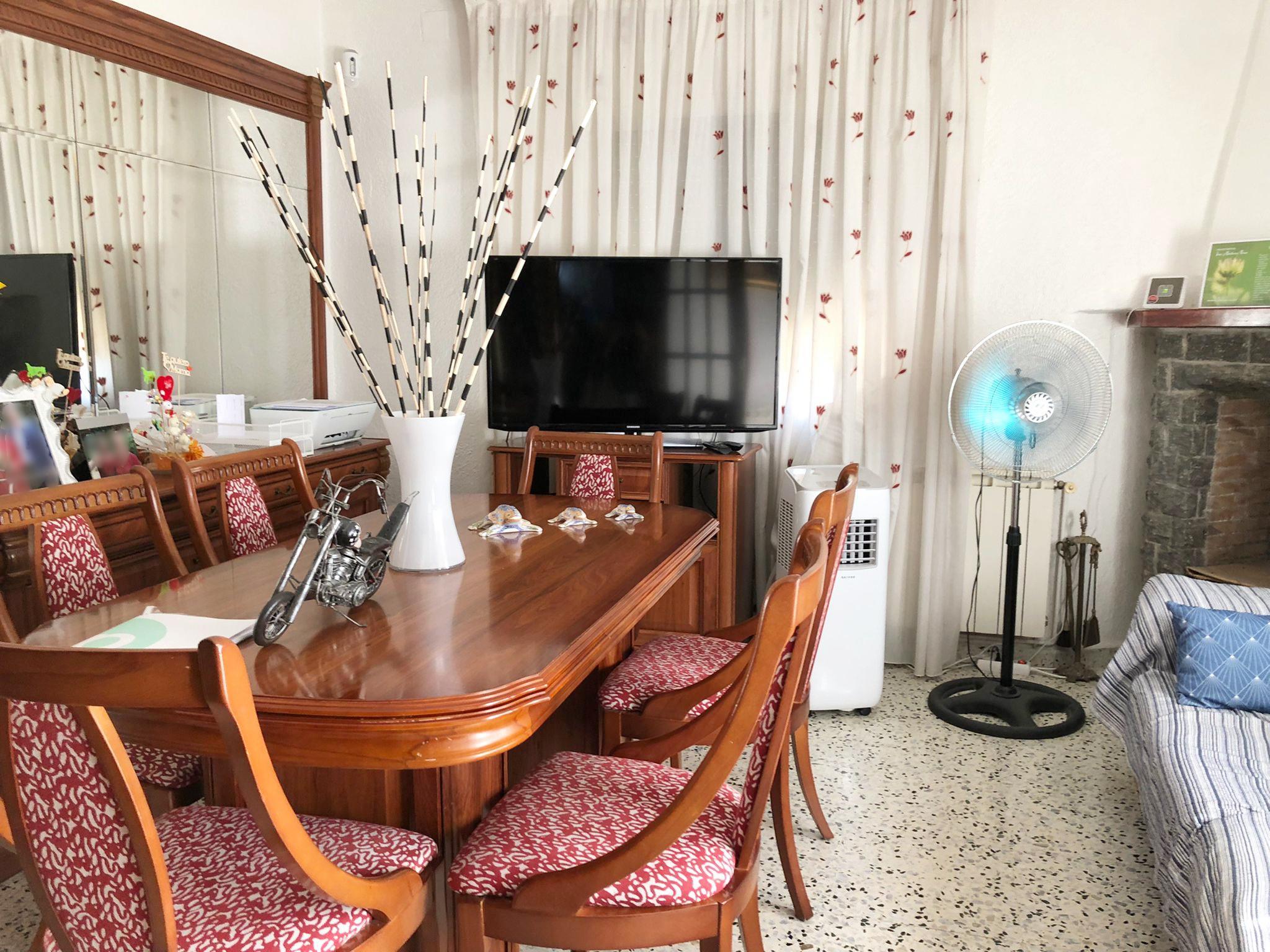 Imagen 1 Casa Aislada en venta en Montornès Del Vallès / Montornes- Urbanizacion-Montmelo- oportunidad¡
