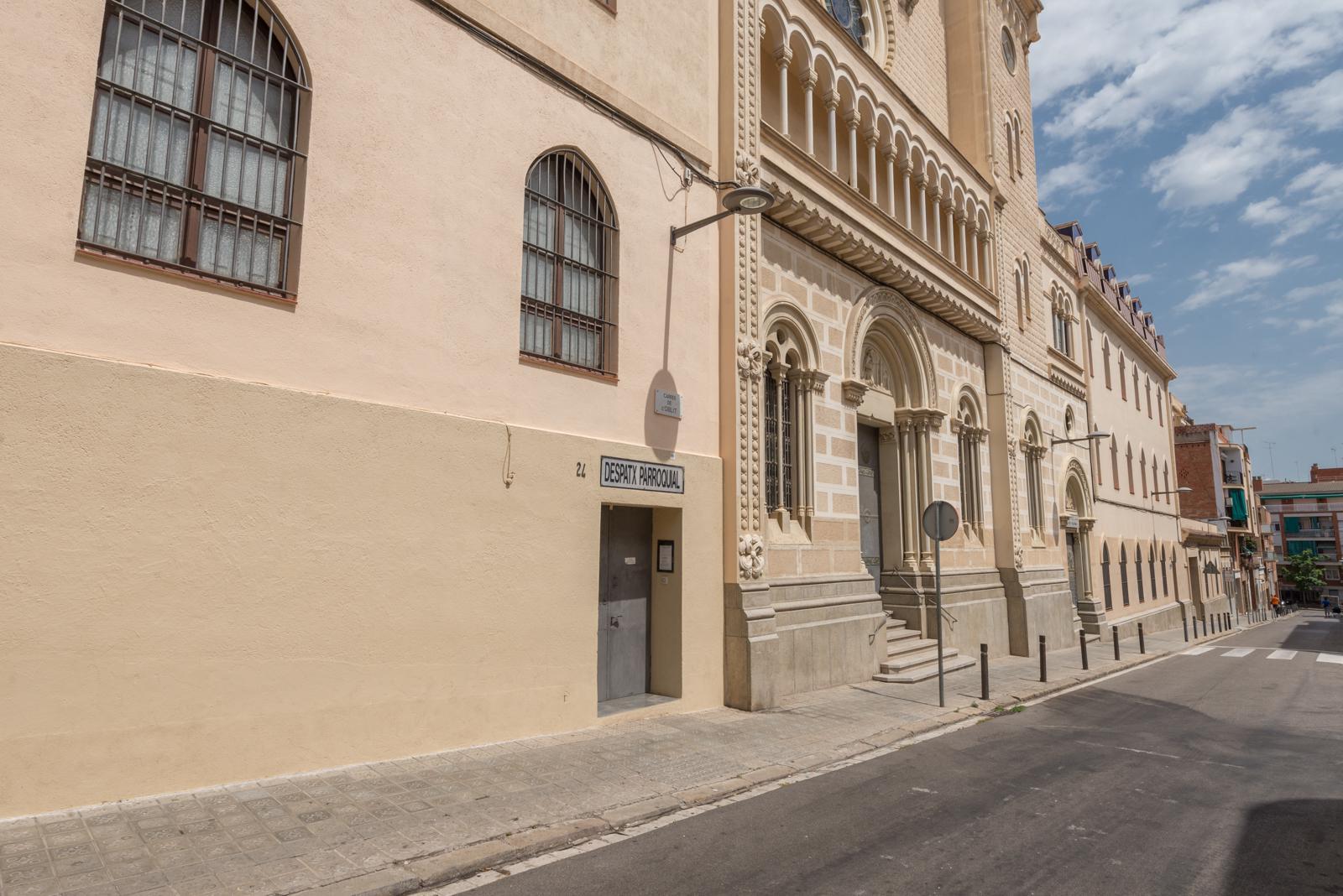 128333 - Plaza Maragall con calle Dr.Valls