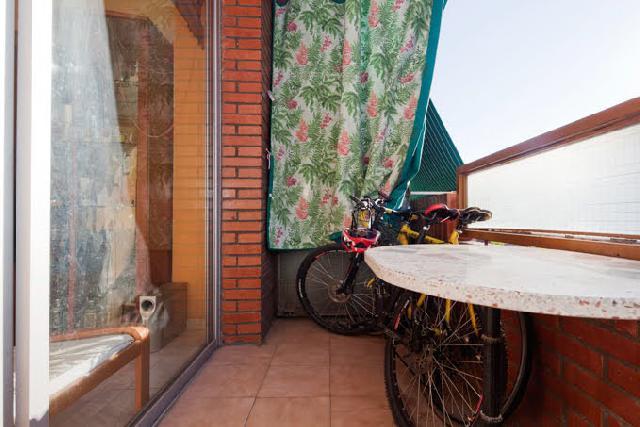 Imagen 1 Inmueble 213630 - Piso en venta en Barcelona / Cerca Bac de Roda