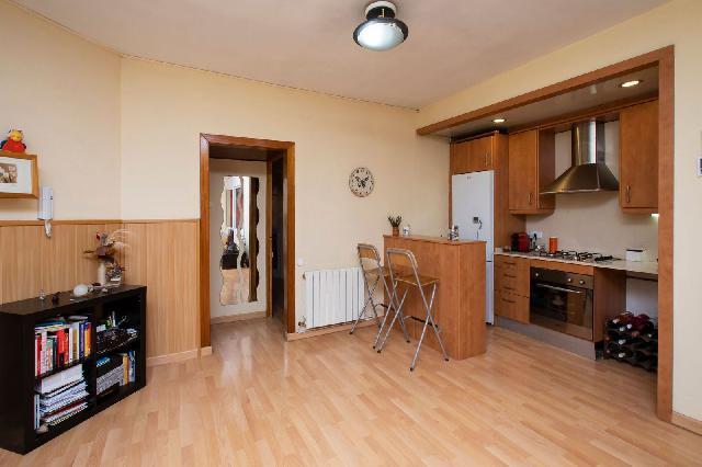 Imagen 1 Inmueble 227976 - Piso en venta en Barcelona / Junto a calle Escocia - Avd. Meridiana- Riera de Horta