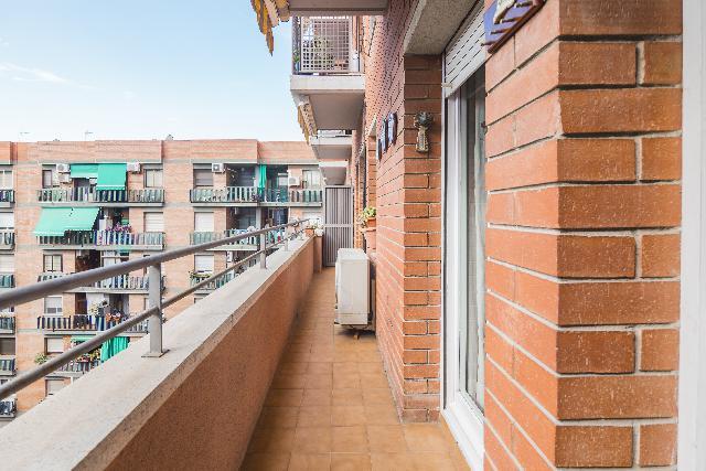 Imagen 1 Inmueble 239240 - Piso en venta en Barcelona / Amb Rambla Prim