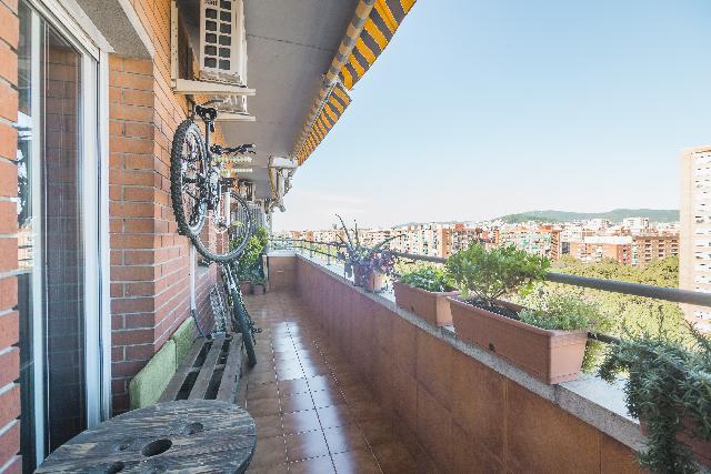 Imagen 1 Inmueble 241189 - Piso en venta en Barcelona / Gran via amb rbla. Prim.