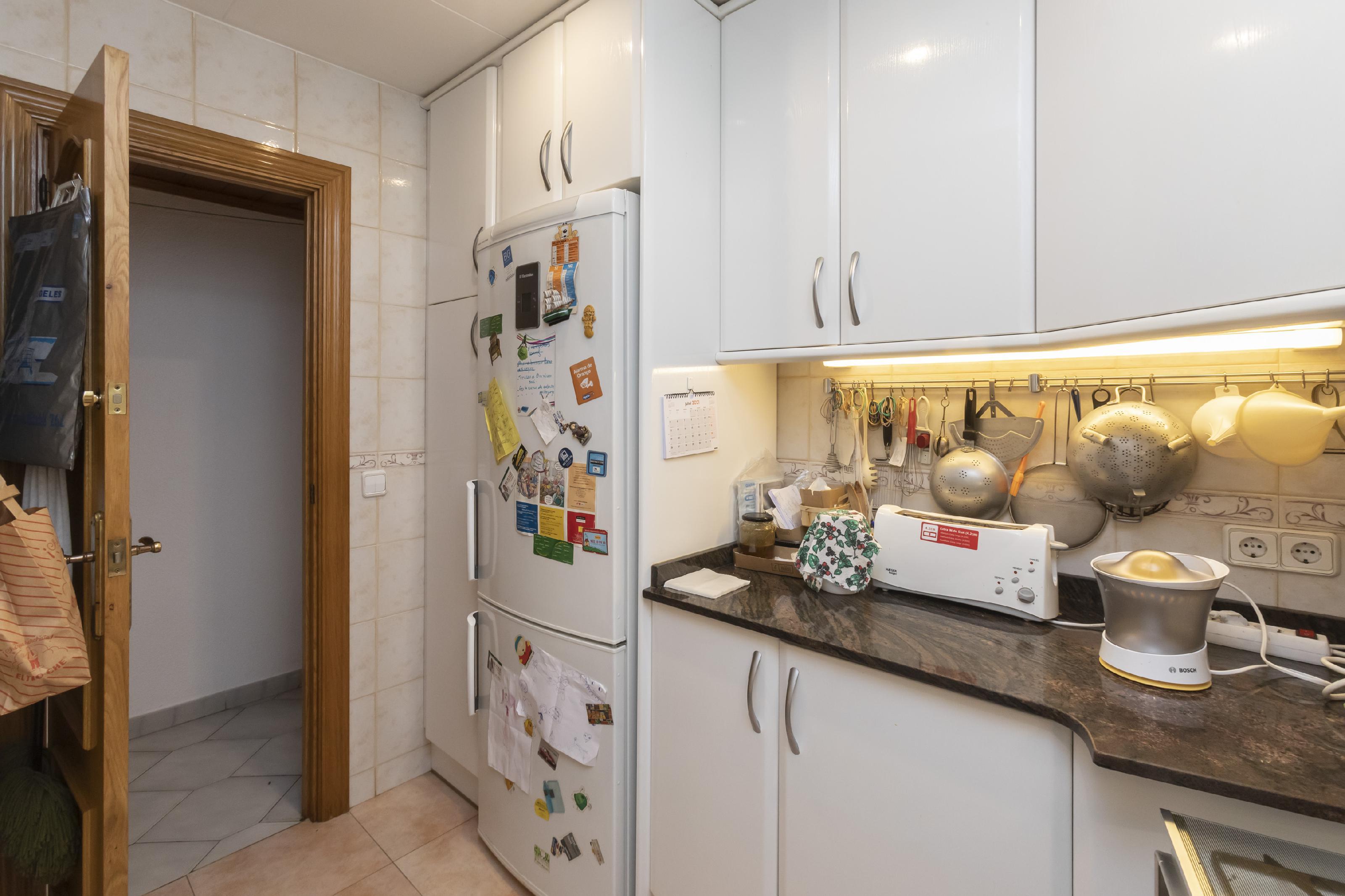 Imagen 2 Piso en venta en Barcelona / Espronceda con Taulat