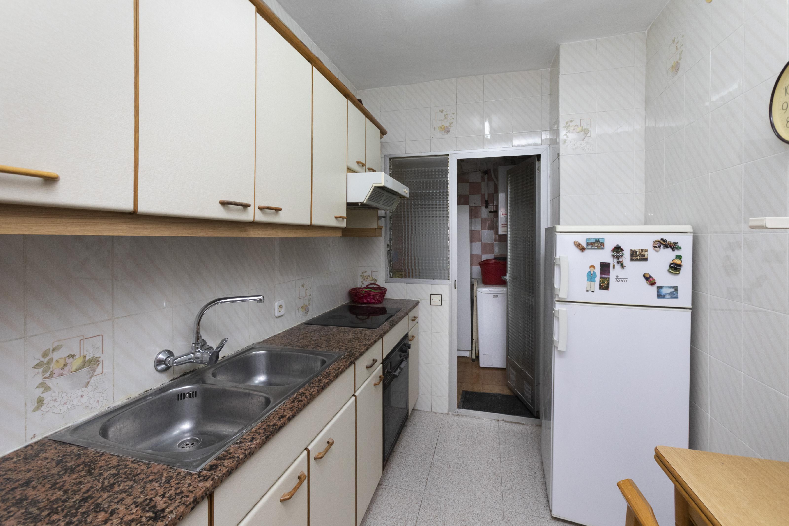Imagen 3 Piso en venta en Barcelona / Rambla Guipúzcoa - Espronceda