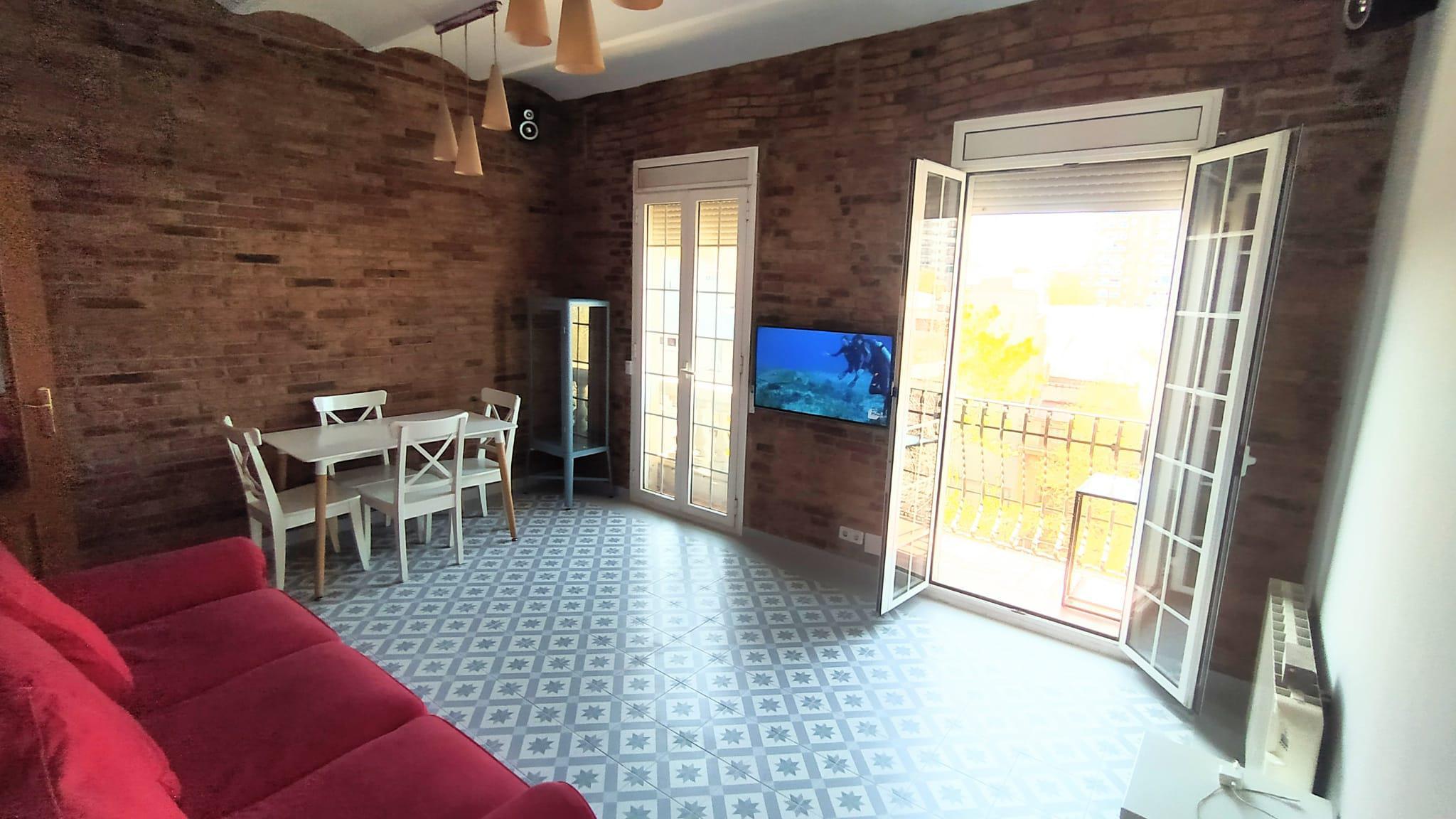 Imagen 1 Piso en alquiler en Barcelona / Espronceda/ Bolivia