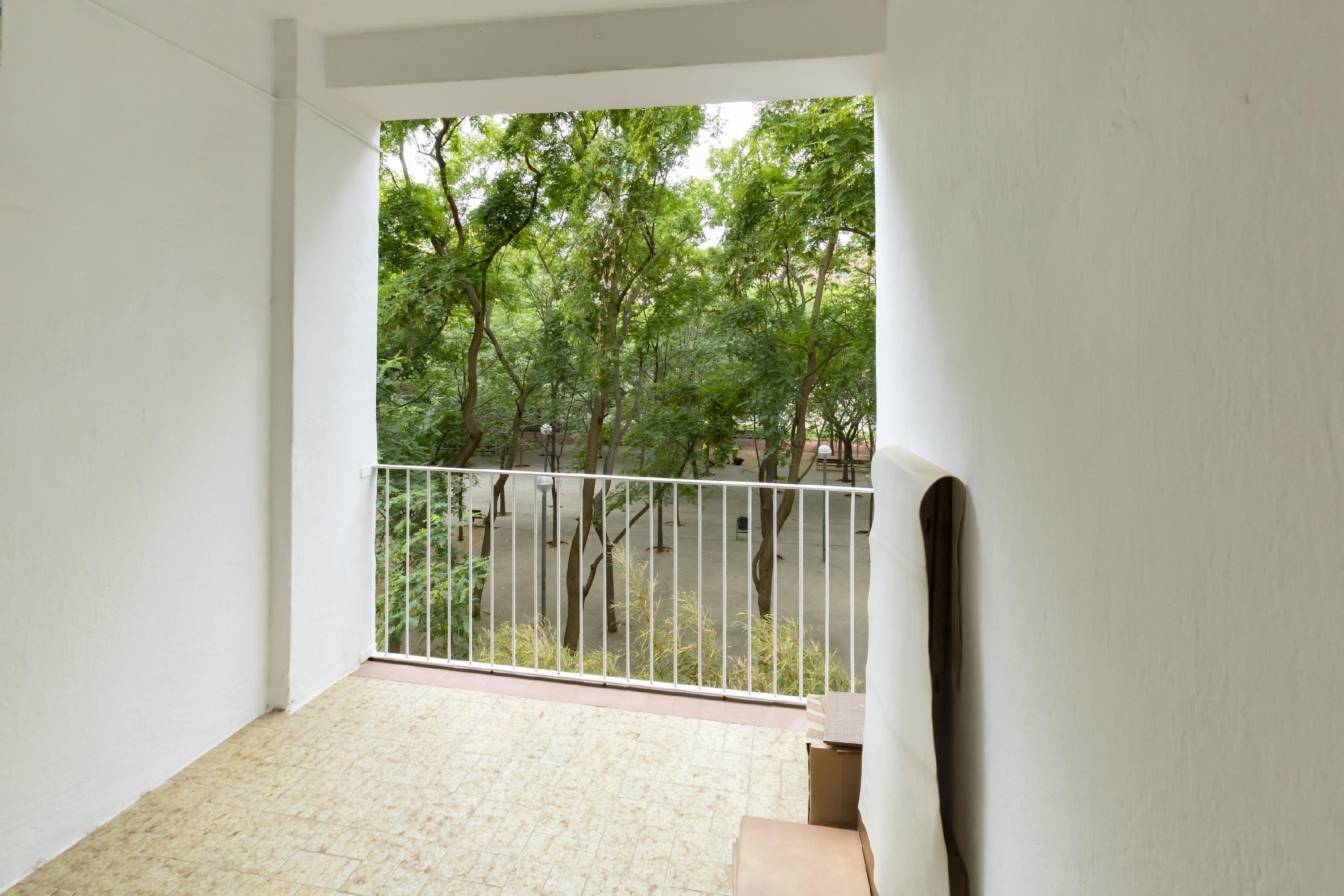 Imagen 1 Piso en venta en Barcelona / Rambla poblenou con Centro Comercial Les Gloríes