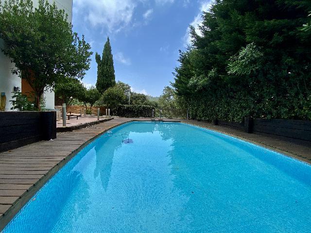 Imagen 1 Inmueble 226223 - Casa Aislada en venta en Barcelona / Zona Vallvidriera