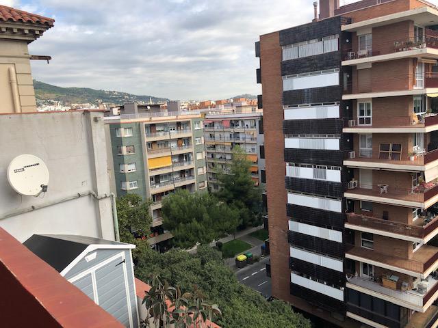 Imagen 1 Piso en venta en Barcelona / Junto Maria Cristina