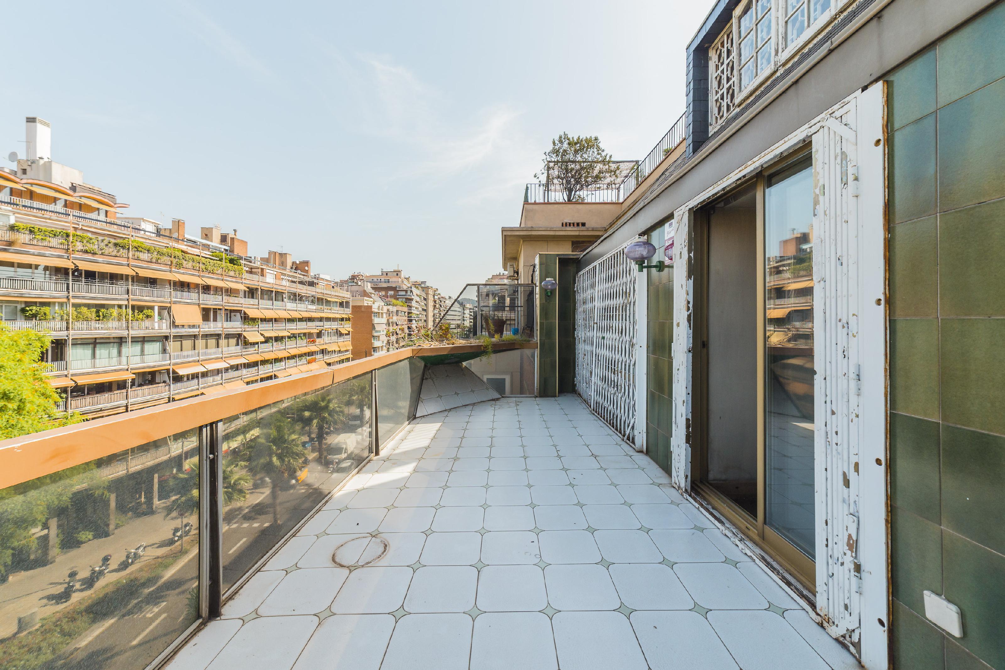 Imagen 1 Ático en venta en Barcelona / Junto calle Mandri