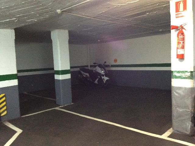 Imagen 1 Inmueble 251866 - Parking Coche en venta en Barcelona / Junto República Argentina (gasolinera)
