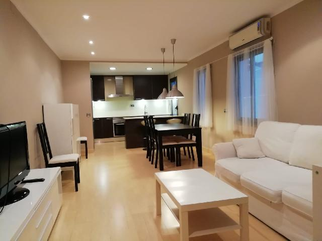 Imagen 1 Inmueble 252023 - Piso en venta en Barcelona / Esquina calle Hurtado