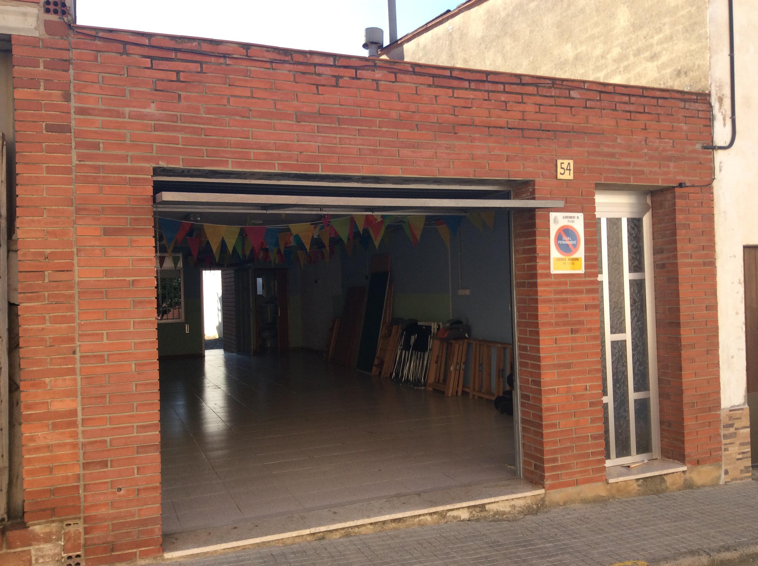 Imagen 2 Casa en venta en Piera / Junto estación F.F.C.C.