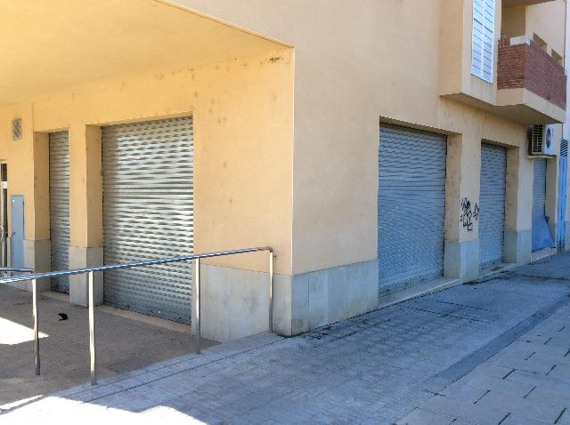Imagen 1 Inmueble 180996 - Local Comercial en alquiler en Piera /  La Bovila , junto servicios sociales