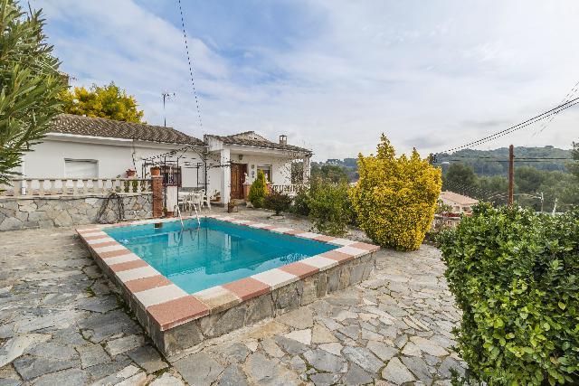 Imagen 1 Inmueble 211543 - Casa en venta en Piera / Urbanización de Can Mata (Piera)