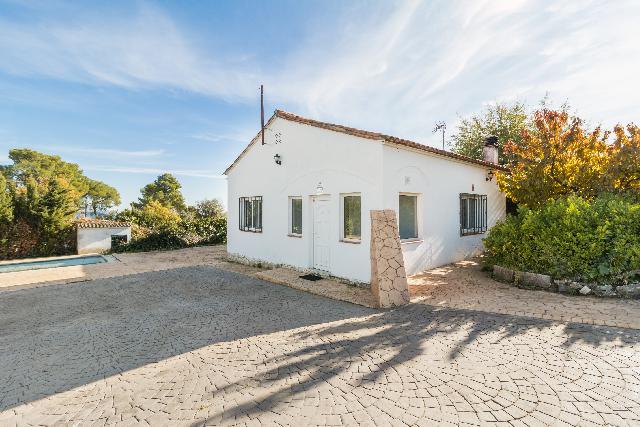 Imagen 1 Inmueble 222095 - Casa en venta en Torre De Claramunt (La) / Pinedas d´Armengol