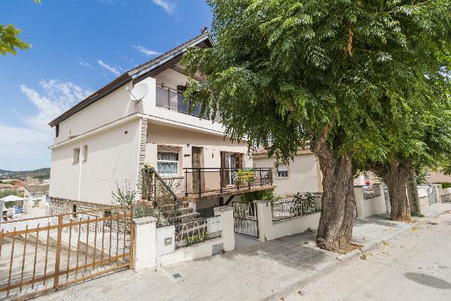 Imagen 1 Inmueble 228317 - Casa Aislada en venta en Sant Pere De Riudebitlles / Zona residencial Sant Pere Riutdevilles