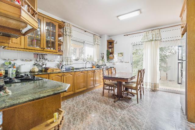 Imagen 1 Inmueble 232069 - Casa Aislada en venta en Piera / Urbanización Can Mas