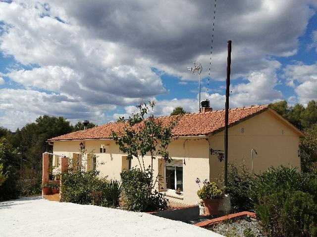 Imagen 1 Inmueble 241868 - Casa Aislada en venta en Piera / Urbanización Can Claramunt