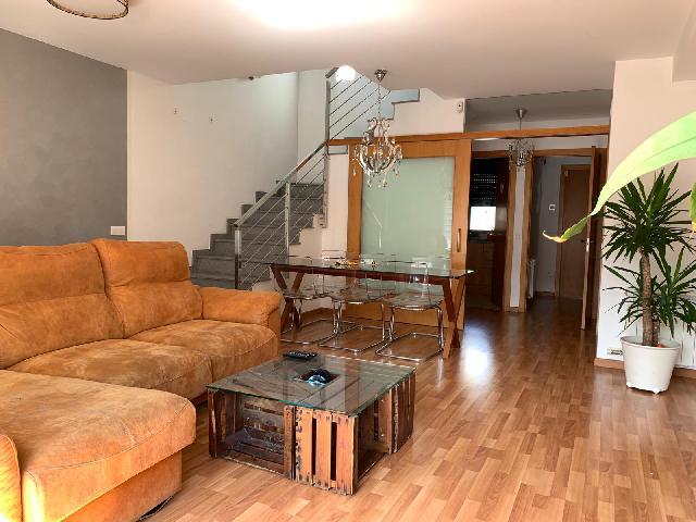 Imagen 1 Inmueble 242721 - Casa en alquiler en Piera / Piera Centro Pueblo