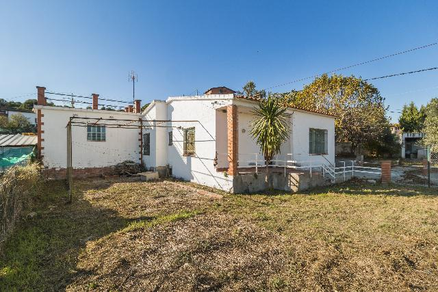 Imagen 1 Inmueble 244007 - Casa Aislada en venta en Piera / Urbanización Bosc L´Aliga