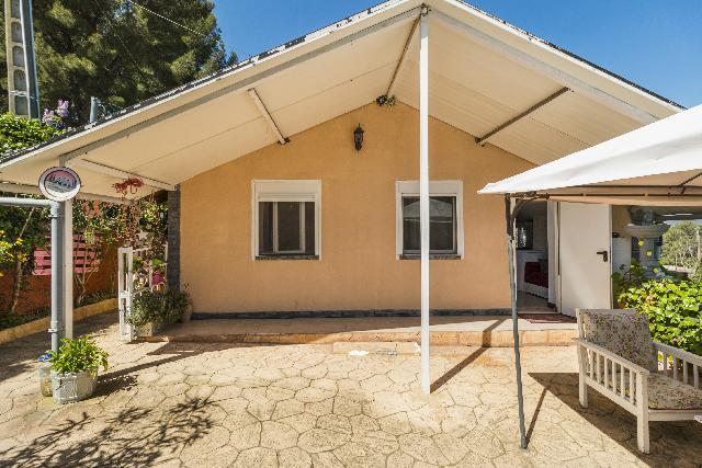 Imagen 1 Inmueble 246239 - Casa Aislada en venta en Piera / Urbanización Can Claramunt