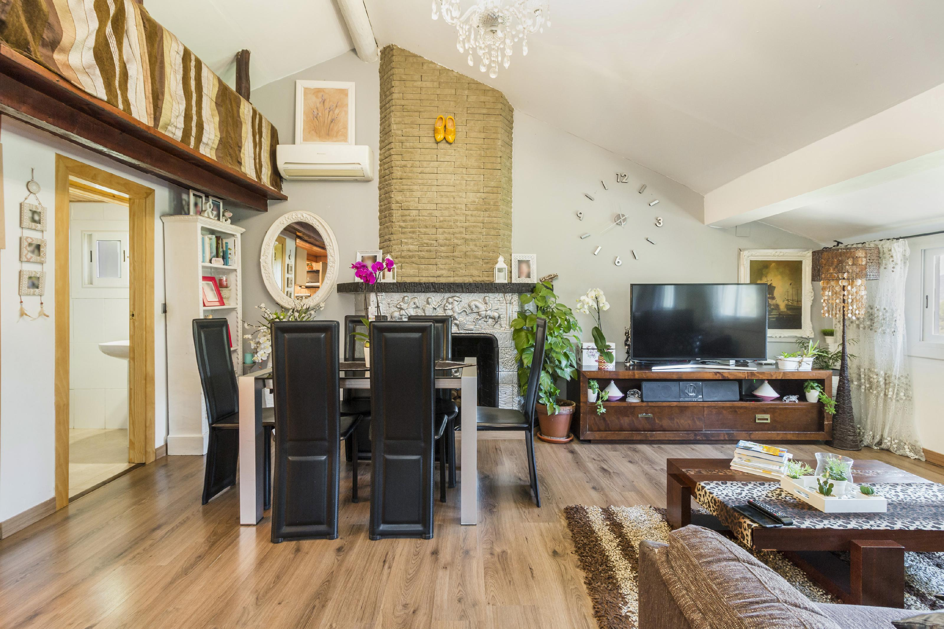 Imagen 3 Casa Aislada en venta en Piera / Urbanización Can Claramunt