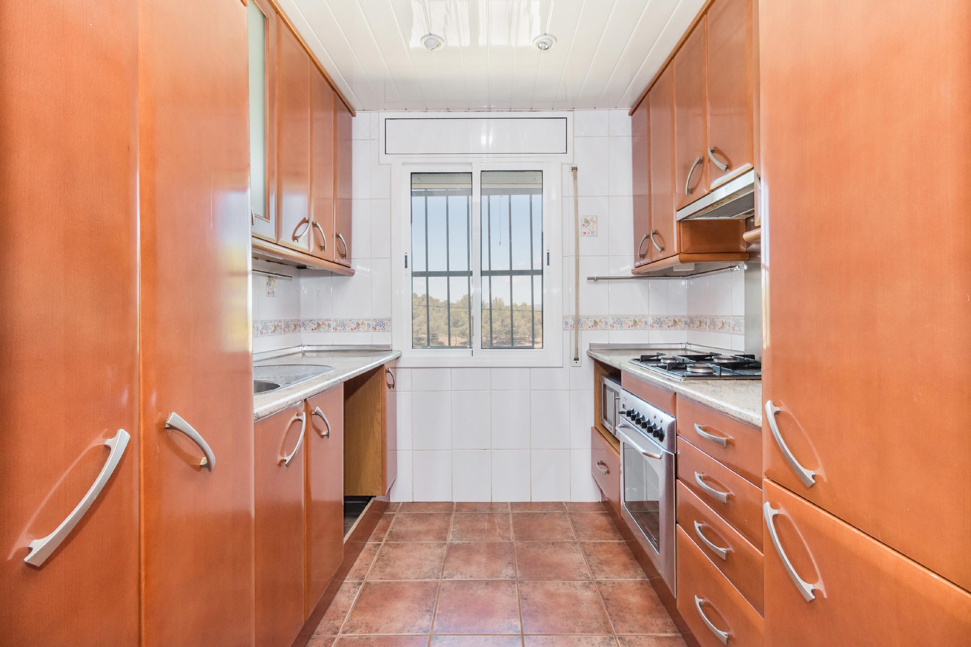Imagen 3 Casa Aislada en venta en Gelida / Zona Residencial Martivell