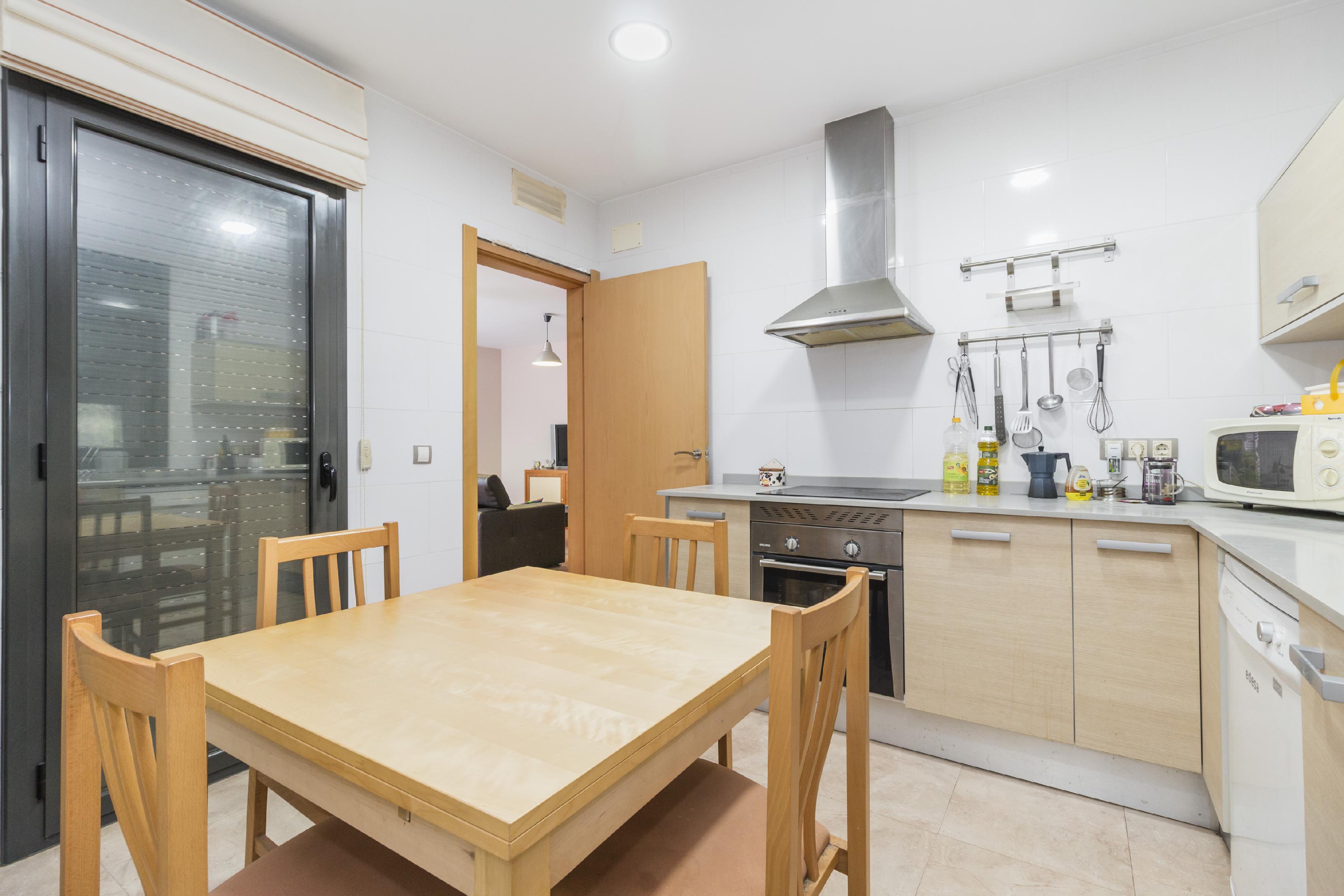 Imagen 4 Casa Aislada en venta en Piera / Urbanización Can Claramunt.