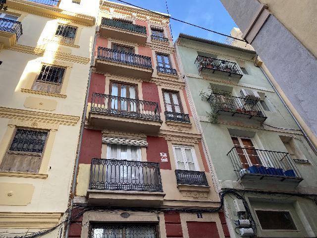 Imagen 1 Inmueble 243173 - Piso en alquiler en Valencia / En la Plaza del Arbol, junto a la Plaza del Carmen