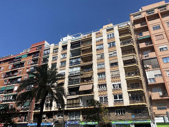 Imagen 1 Inmueble 247977 - Piso en venta en Valencia / Junto a la Avenida Alfahuir