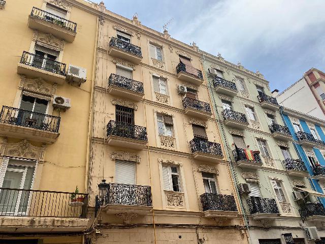 Imagen 1 Inmueble 251290 - Piso en alquiler en Valencia / Ruzafa, junto Gran Vía Germanías
